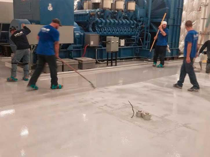 aplicando suelo antiestatico cadiz