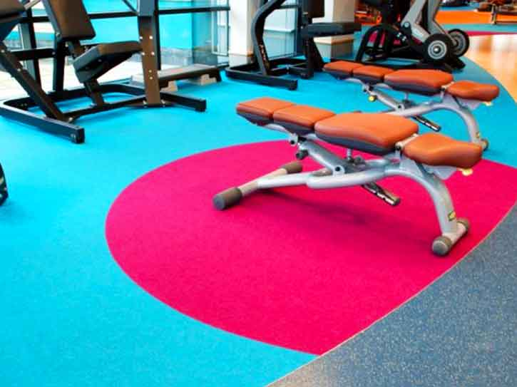 pavimento deportivo en gimnasio de granada